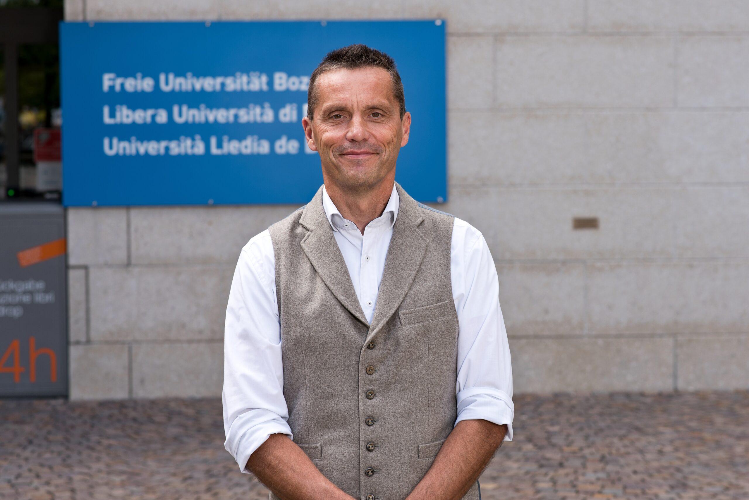 Honorary Membership to Matthias Gauly